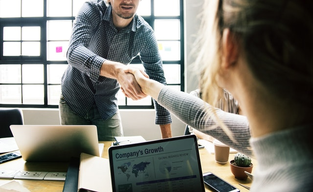 Why Communicating Company Goals Is Key For Employee Growth
